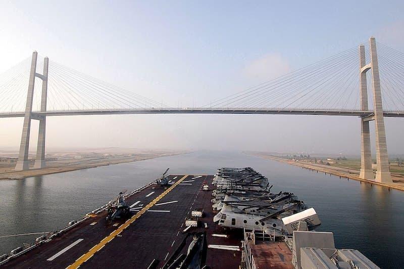 Süveyş Kanalı Köprüsü