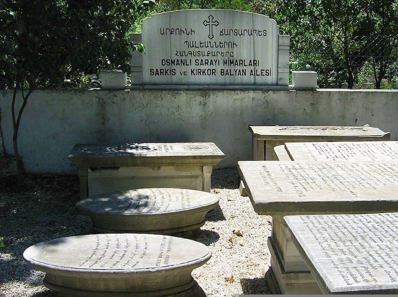 Balyan Ailesi Anıt Mezarı