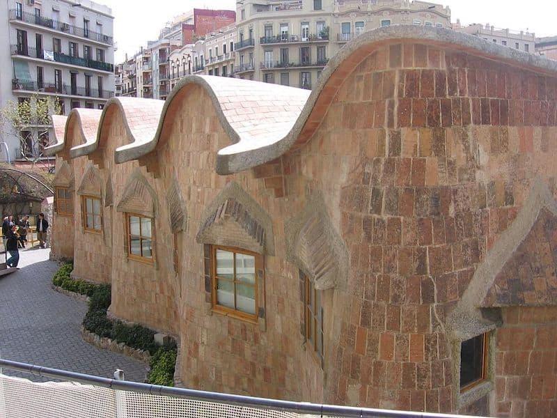 Escuelas de la Sagrada Família