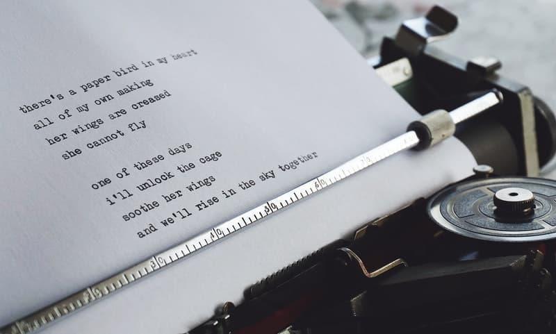 şiir daktilo