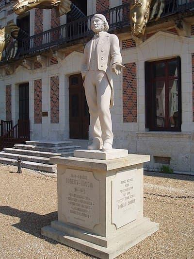 Jean Eugène Robert Houdin heykel