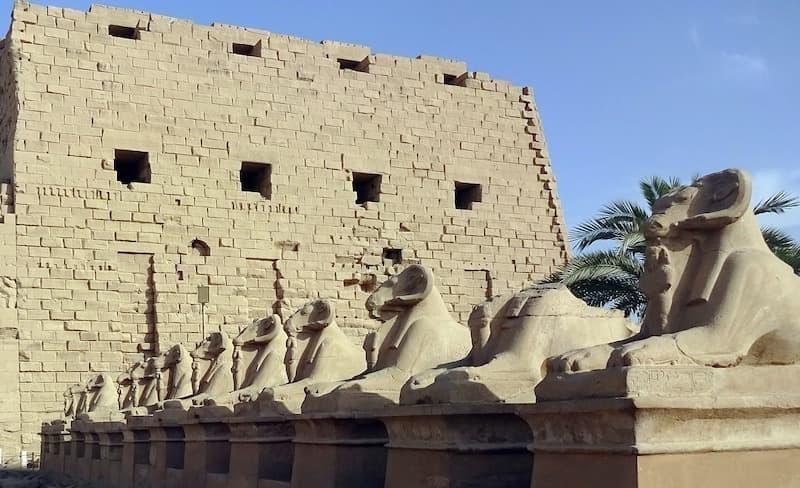 mısır tapınakları karnak tapınağı