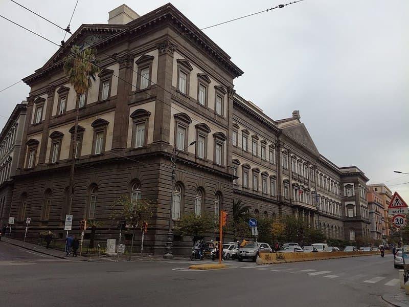 Napoli Federico II Üniversitesi
