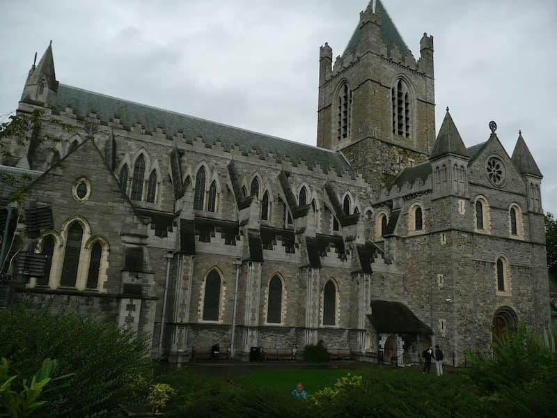 Kutsal Üçlü Katedrali